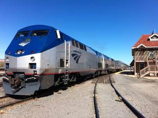 Amtrak_train.jpg