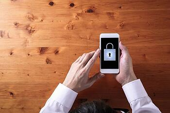 Control Deficiencies Are Not Risks - Mobile Phone Security